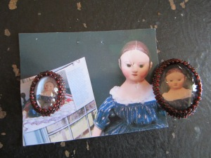 Vicki made this set of pins just for me, with photos of True Blue,one of my dolls.  One pin for me and one for True Blue!