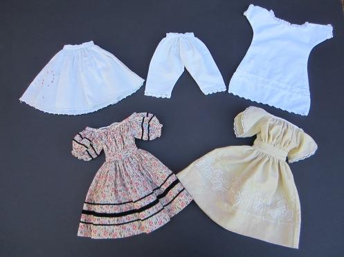 Isabeau #1 Wardrobe