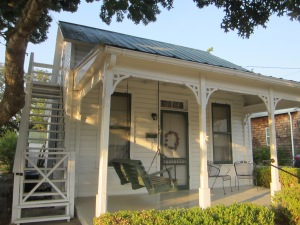 This is the tiny little Sunday house we stayed in.  It's known as the Metzger House.  From the late 19th century through the 1920's local farm families had small houses in town so that they could come into town on Saturday to sell their produce, do their marketing, and attend church on Sunday morning.  After dinner on Sunday they would head back to their farms.