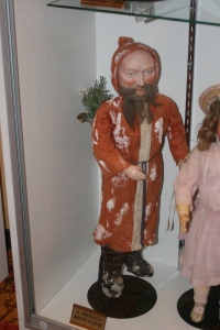 Do you recognize him? Santa was part of the special exhibit of German dolls at the 2014 UFDC convention.