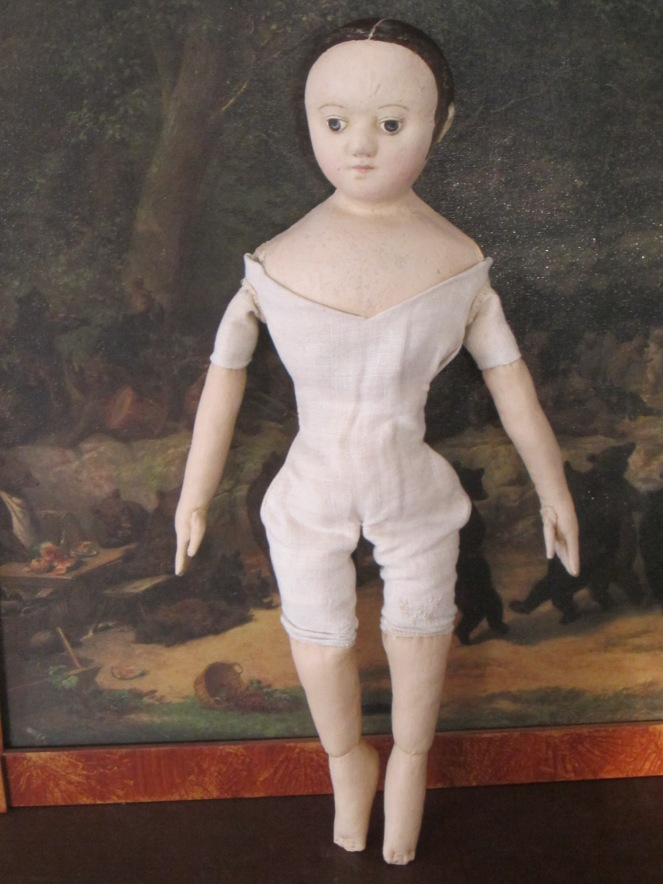 Ismay shows off her antique lined second skin body covering.