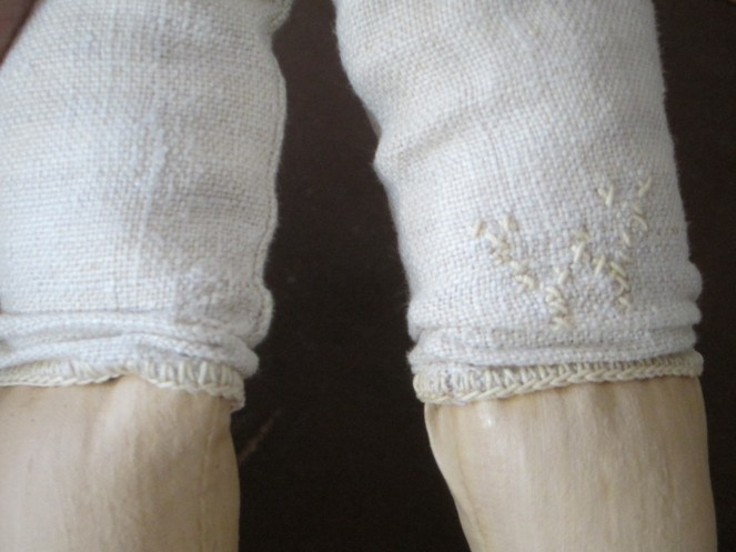 Another view of Ismay's knees <3
