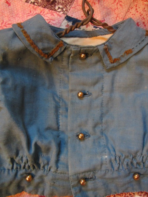 A close up look at the hand sewn c. 1850's boy's jacket. <3