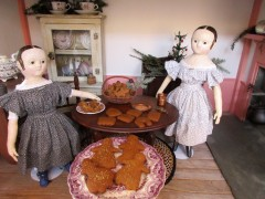 After we decorate the Christmas tree in the parlor we are going to have tea and cookies...